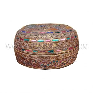 Burmese (Bagan) Lidded Red and Gold Lacquered Bowl with Raised Thayo and Colored Glass Inlay, c. 1980